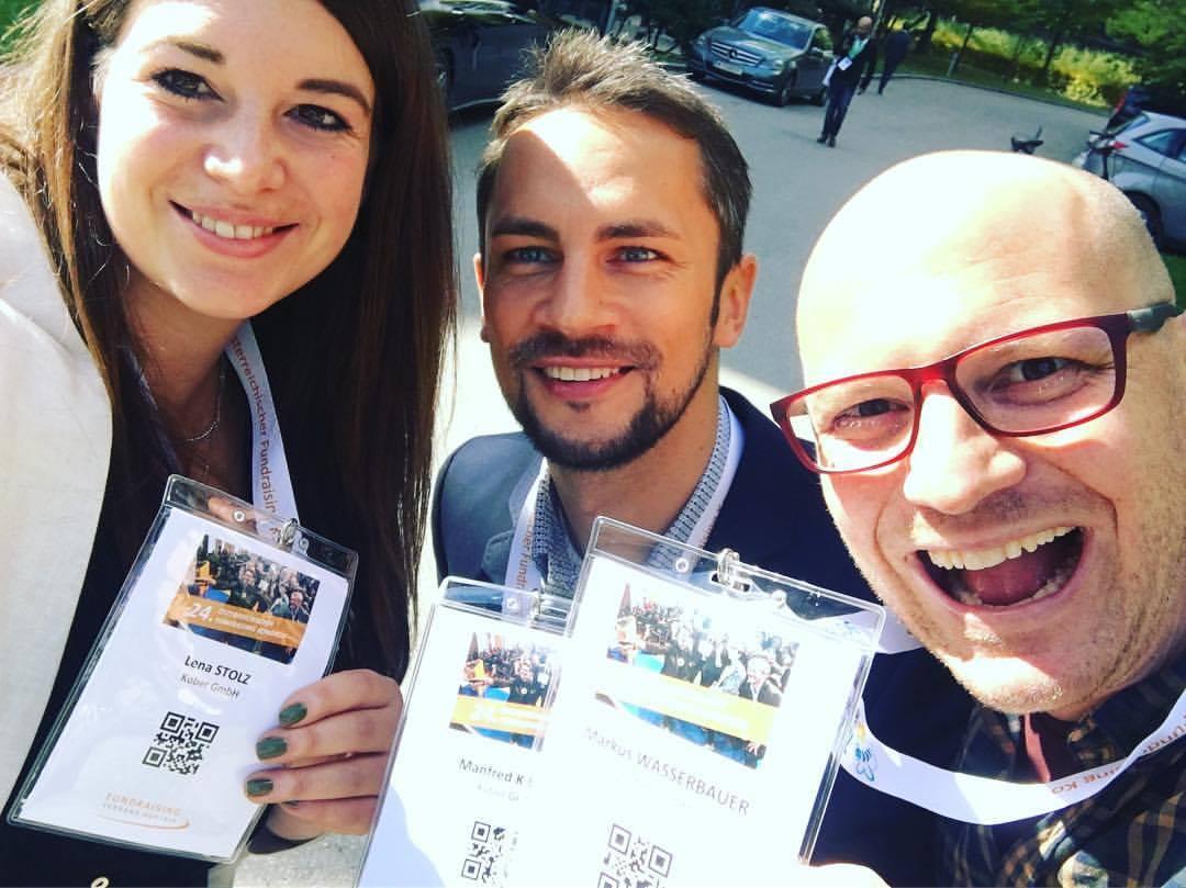 Lena, Manfred und Max beim 24. Österreichischen Fundraisingkongress in Wien.